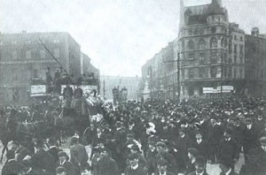 michael_davitts_funeral_procession_dublin_1906