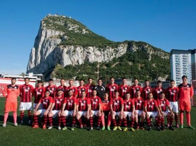 Lincoln-Red-Imps-Gibraltar-The-Squad-e1435931397232